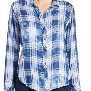 Cloth and stone blue plaid button up shirt